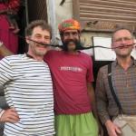 Partage de moustache avec Bernard!