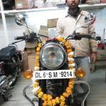 Manali nous présente notre moto prête