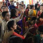 Danses autour des mariés