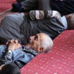 Sieste à la mosquée