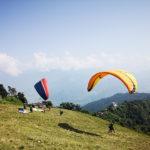 Parapente sur fond d'Annapurnas