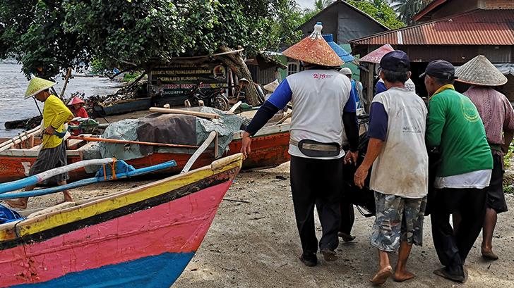 Pêcheurs de la baie de Bungus