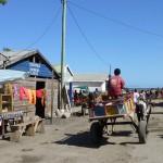 Descente vers le port des pirogues