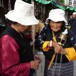 """Il tourne bien ton moulin toi?"" Lassha - Tibet"