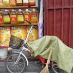 Chez le vendeur d'huile sacrée
