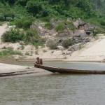 CHEMINER sur le Mékong