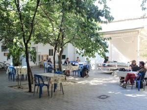 La cour intérieure de Gulnara GH