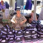 Vendeuse de chapeaux ouzbeks