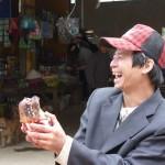 Vendeur amusé à Bao-lac - Vietnam