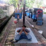 un trottoir de Jakkarta -Indonésie