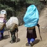 Sherpas sur la route du Gokyio - Népal