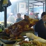 Cochons grillés au marché d'Otovalo - Equateur