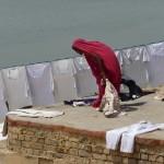 Chemises d'homme à Varanasi - Inde